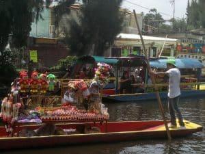River vendors Trajineras